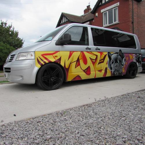 VW T5 Myla Graffiti